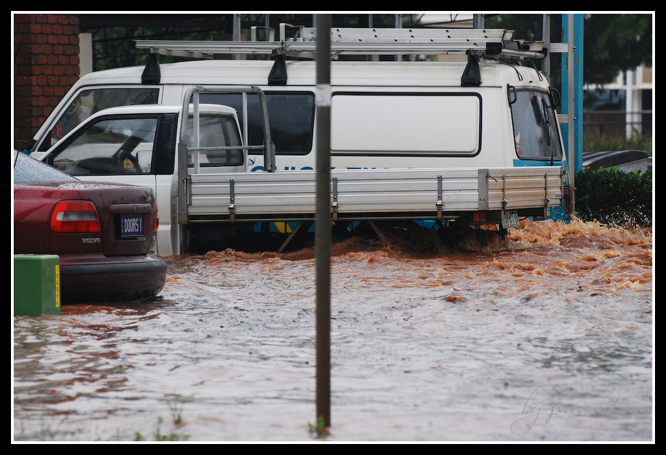 toowoomba flash flood 2011-4404